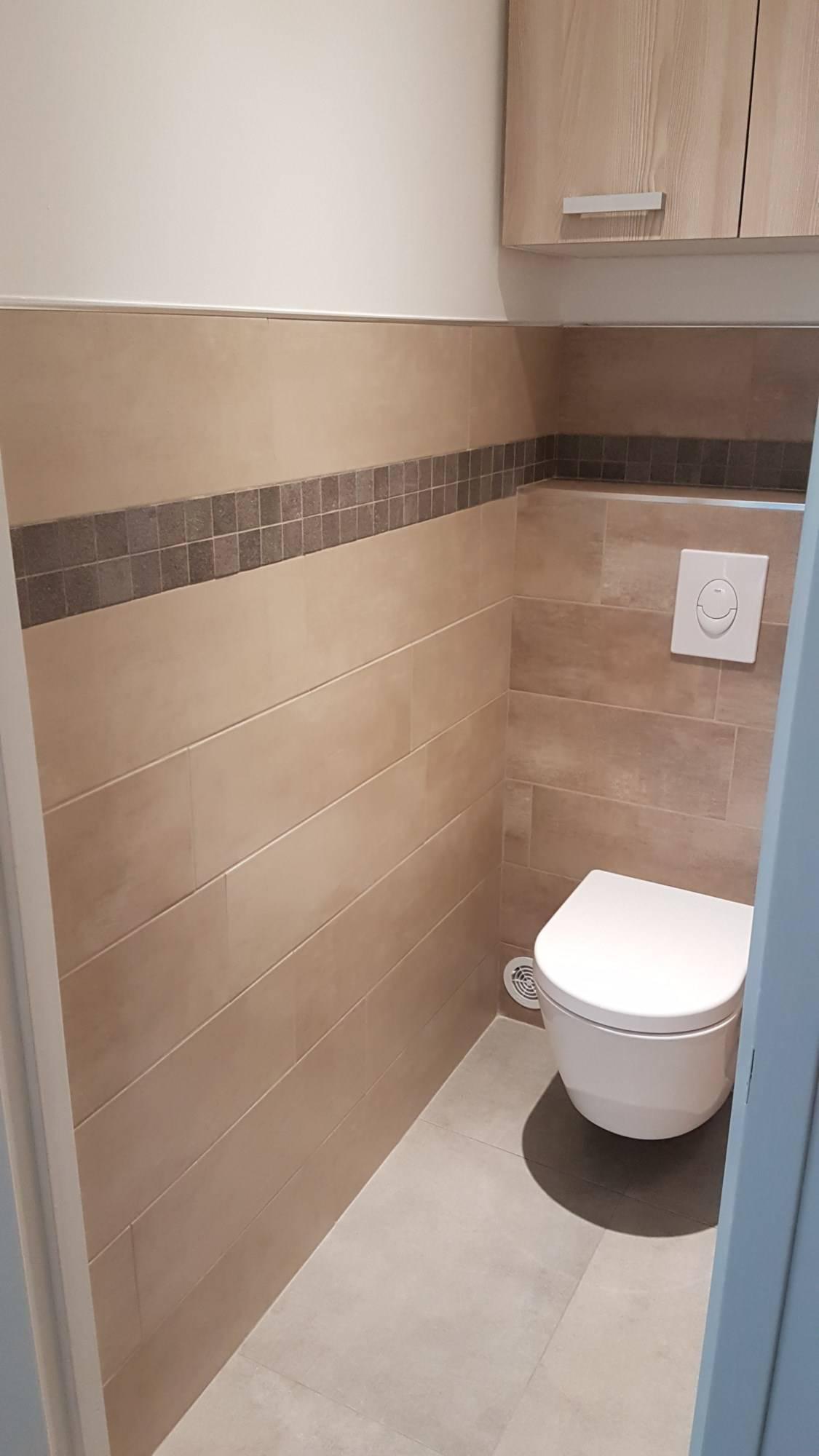 Prix Pour Refaire Une Salle De Bain prix des travaux pour rénover un toilette avec wc suspendu
